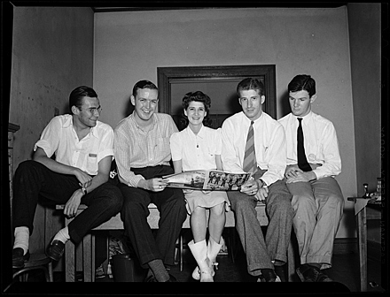 Unidentified students, possibly members of The Daily Tar Heel staff, circa May 1942