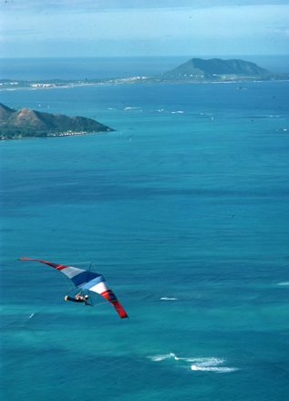 Hang gliding, Hawaii, 1978