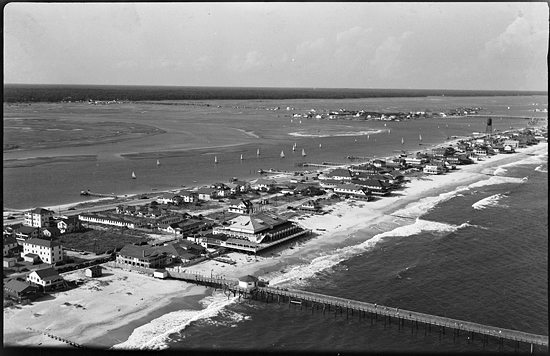 Bird's-eye view of Wrightsville Beach, N.C. circa 1940s