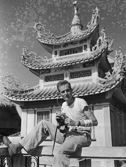 Hugh Morton in Manila Chinese Cemetery
