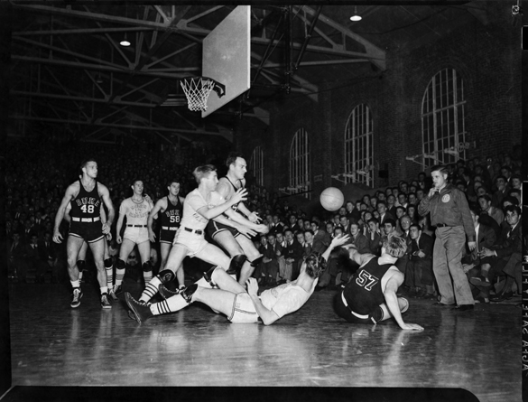 Duke at UNC basketball game, February 7, 1942