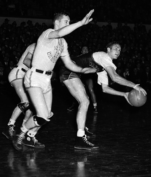 UNC versus Wake Forest College in the 1942 Southern Conference Tournamant