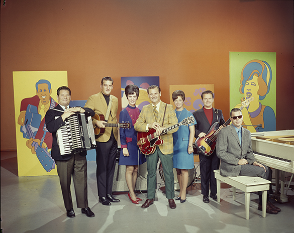 Unidentified group portrait of Arthur Smith with other musicians circa 1960s.