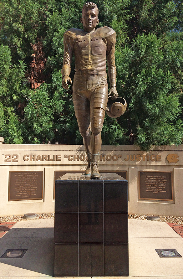 Charlie Justice statue at UNC, photograph by Stephen J. Fletcher, 11 August 2015.
