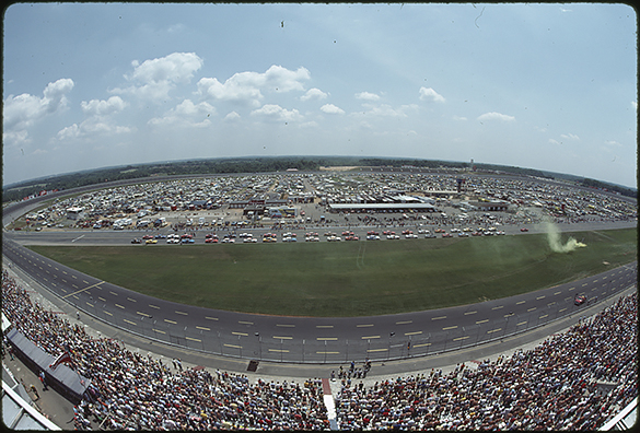 Lining up for the start of the 1983 Mello Yello 300.