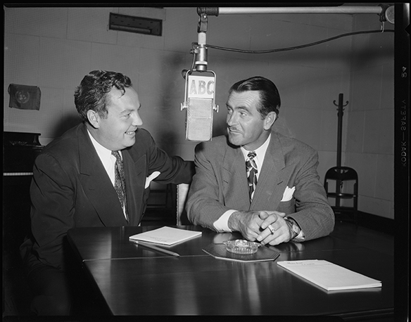 Harry Wismer interviewing Lloyd Mangrum