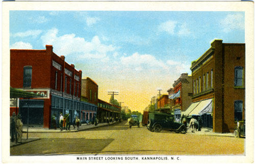 Postcard of downtown Kannapolis with Belk store