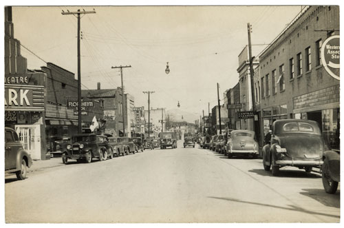 Postcard of downtown Waynesville with Belk store