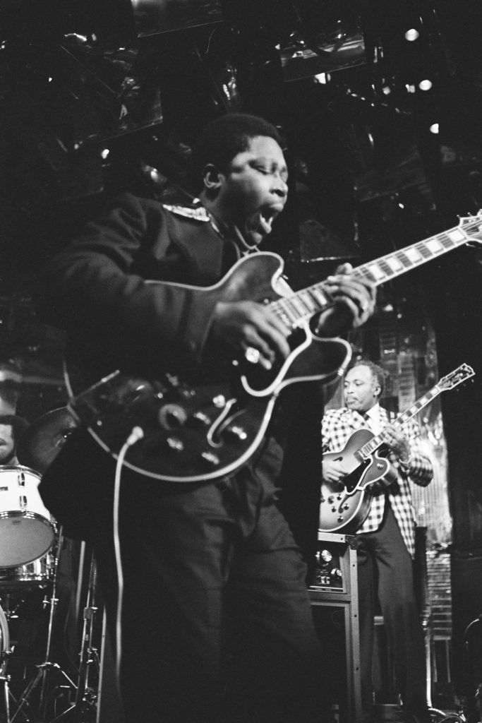 20367_BKP_11_76_5_BB King_on stage