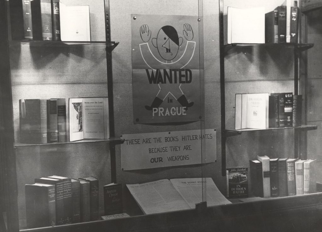 Exhibit of burned books in Wilson Library, 1943